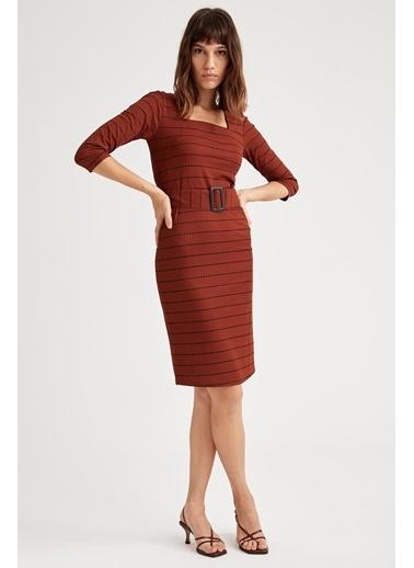 DeFacto Kare Yaka Uzun Kollu Örme Elbise Kahve
